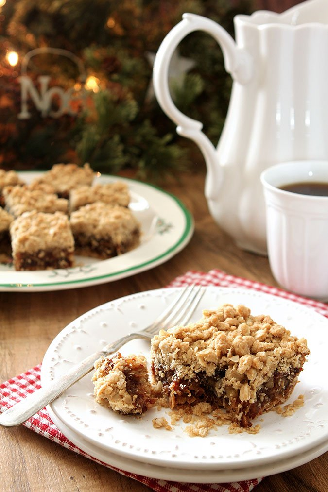 Old Fashioned Date Nut Bars