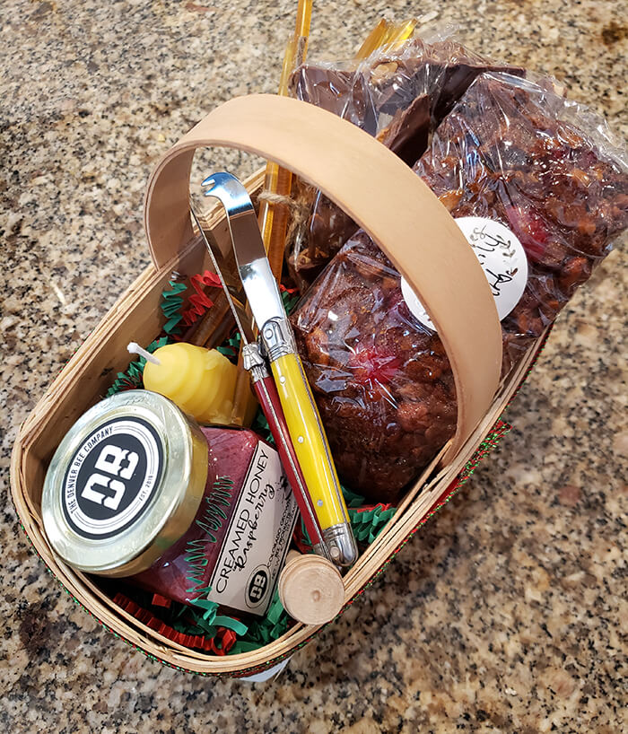 Christmas Basket Gifts with Honey, Knives, Fruitcake, Toffee, and Salted Chocolate Chip Shortbread Cookies