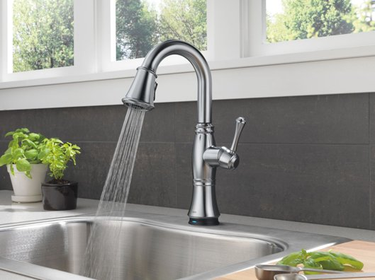 Delta-Touch2O-Cassidy-Kitchen-Faucet