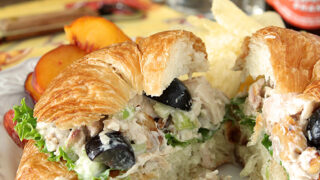 Gorgonzola Chicken Salad with Grapes and Walnuts