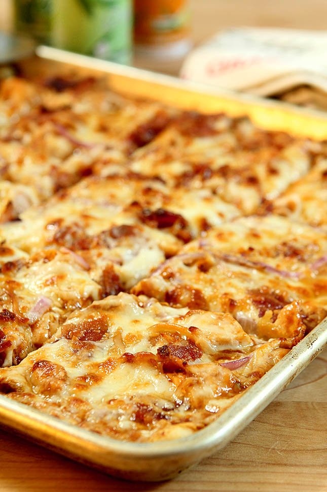 Barbecue Chicken with Bacon Pizza from Creative-Culinary.com