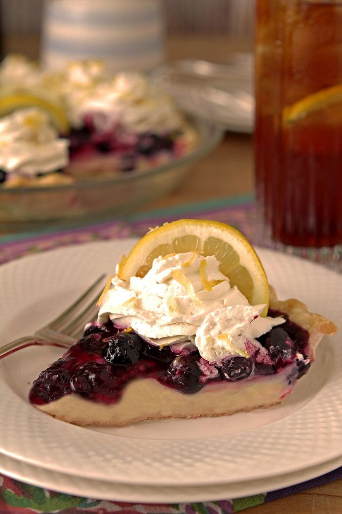 Fresh Blueberry and Lemon Cream Pie