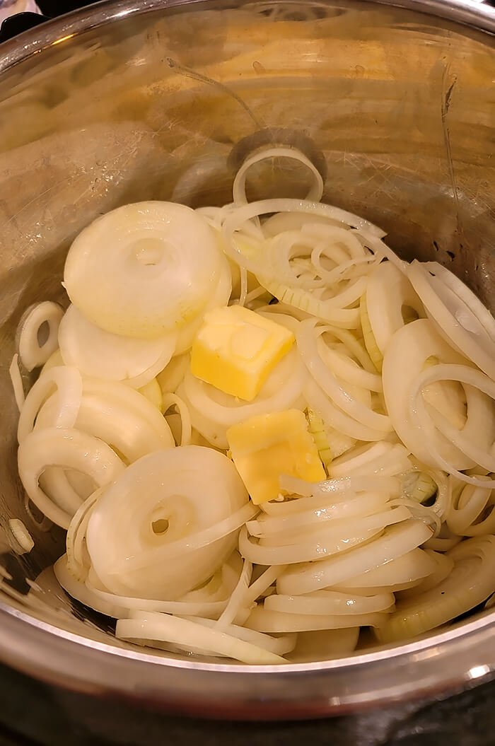 Sliced Onions and Butter in the Instant Pot