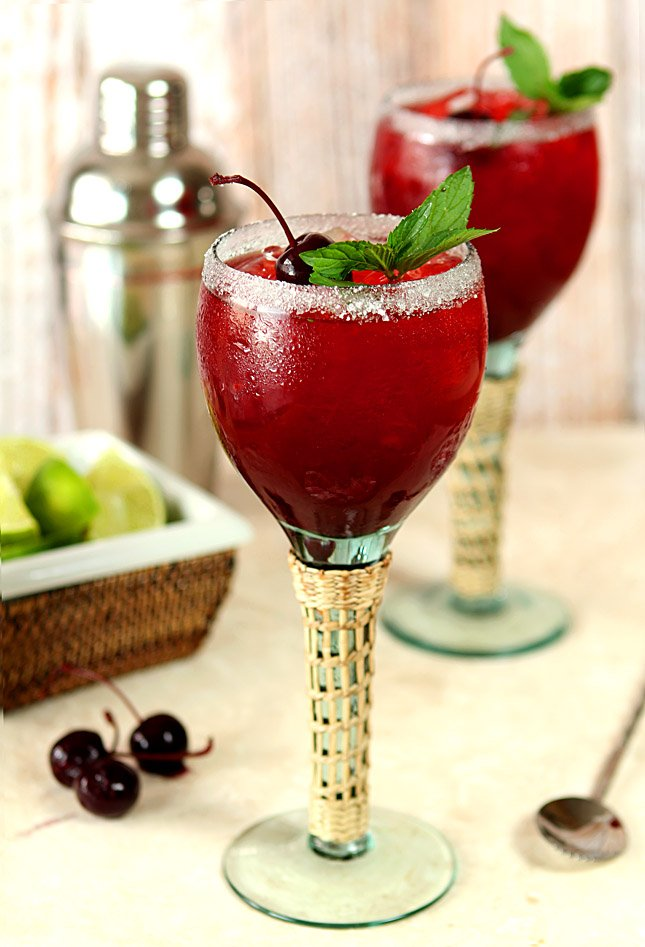 Cherry Mint Margarita from @creativculinary