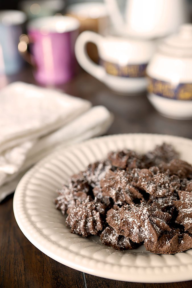 Chocolate Puffs from 'The Hamilton Cookbook'