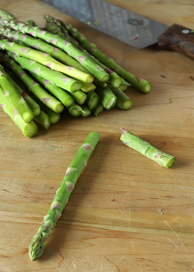 Fresh Asparagus with Ends Snapped Off