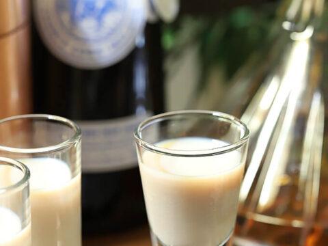 The Irish Toast - An Irish Cream and Bourbon Cocktail