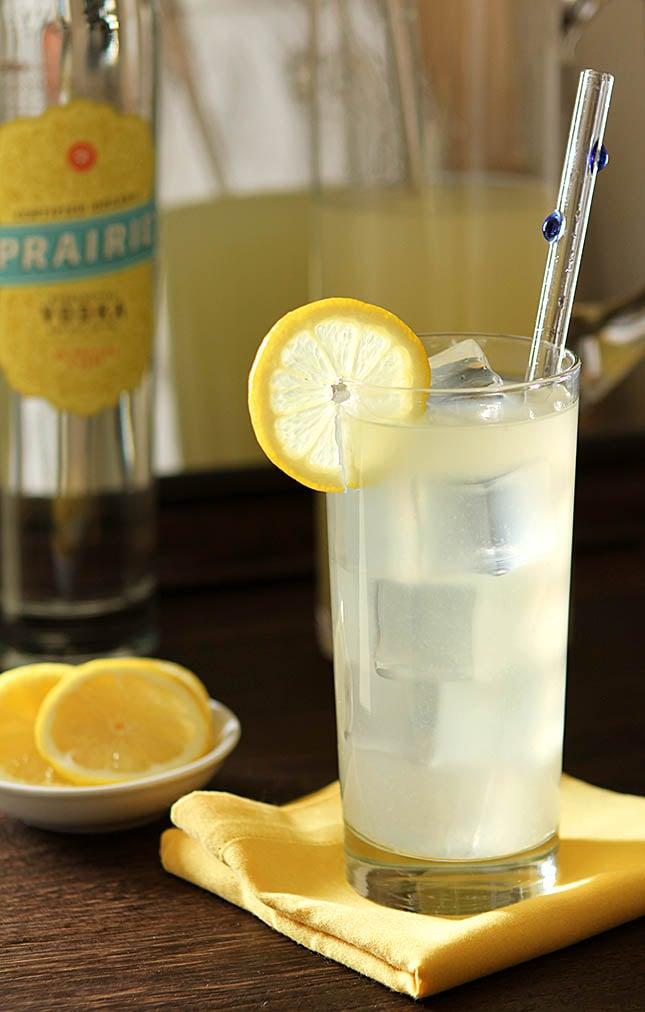 Italian Lemonade with Vokda and Gin from Creative-Culinary.com