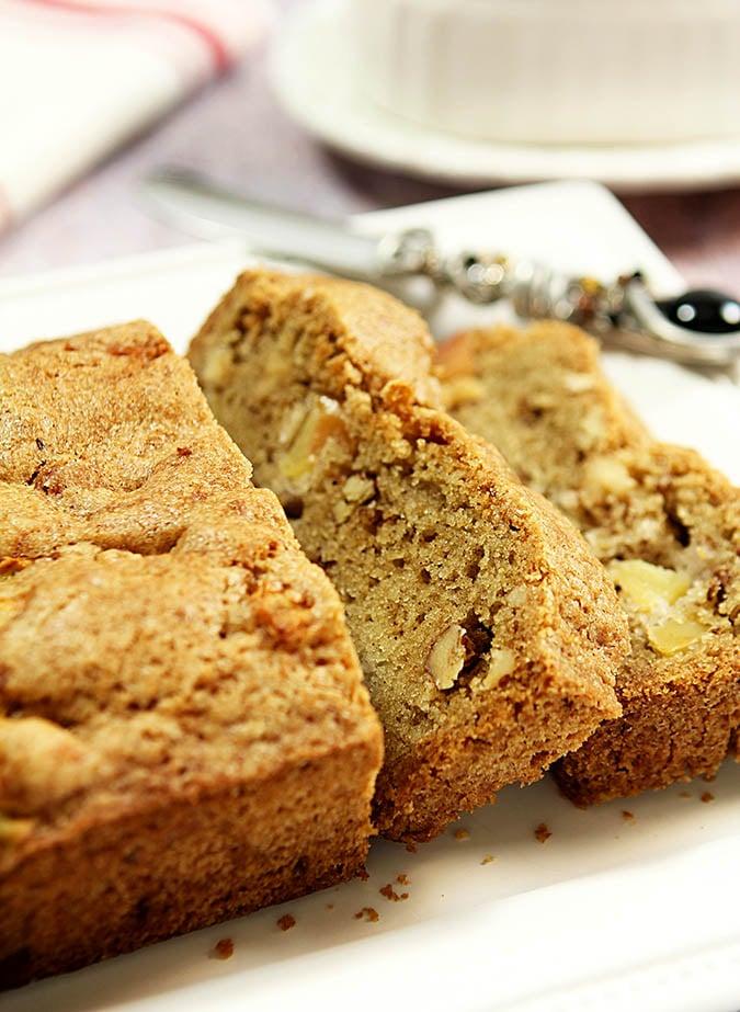 Apple and Toasted Walnut Bread