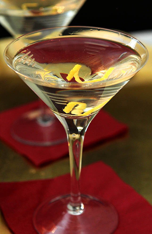 Vodka Martini with a Twist by Robert De Niro from Creative-Culinary.com
