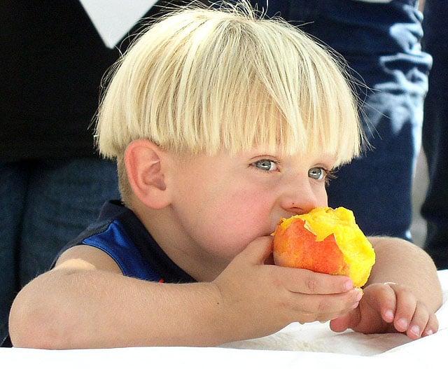 peaches-boy