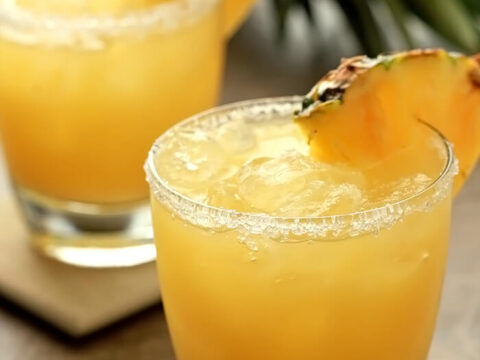 Fresh Pineapple Margarita Cocktails