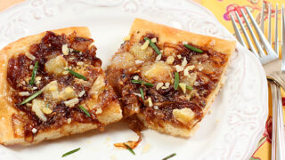 Caramelized Onion Pizza with Brie and Cambozola