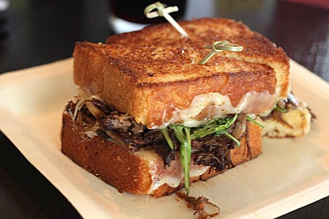 short-rib-sandwich-omnil