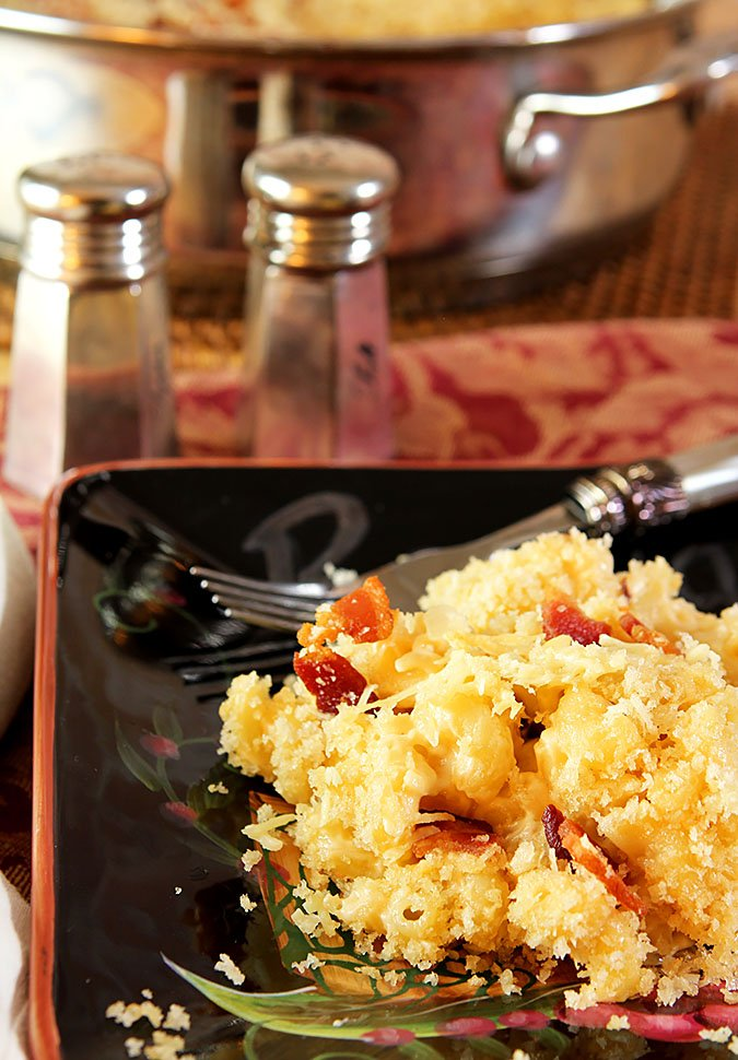 Smoked Gouda Macaroni and Cheese with Bacon