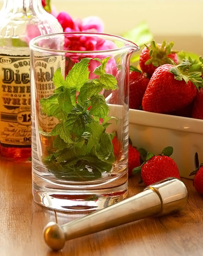 Strawberry Mint Julep Cocktail Ingredienets of Bourbon, Mint, and Fresh Strawberries